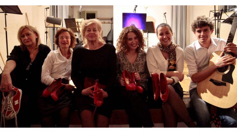 """Il cast di """"Vite violente"""" (foto Luca Rosso)"""