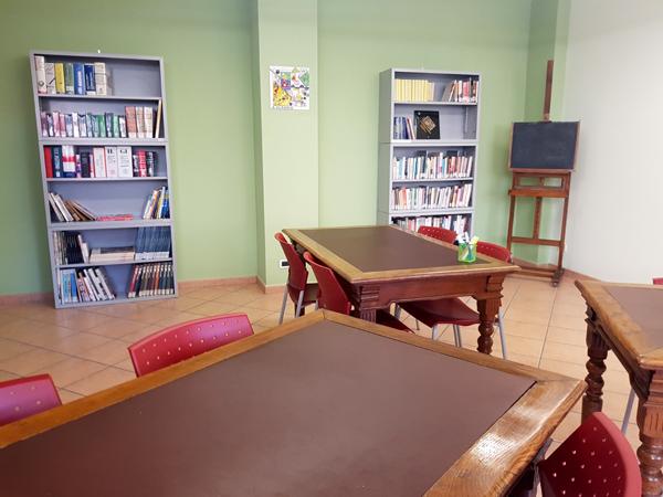La sala studio della biblioteca comunale di Villarbasse