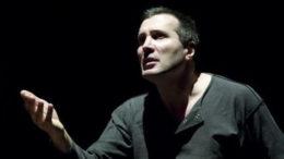 Maurizio Bàbauin interpreta Adam Eterno